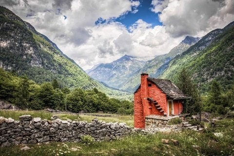 De leukste routes voor een motorvakantie in Zwitserland