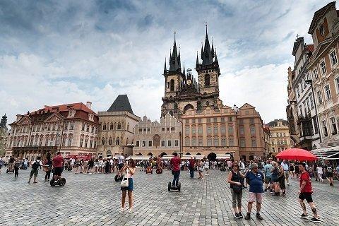 Een motorvakantie in Tsjechië: de mooiste routes en handige tips