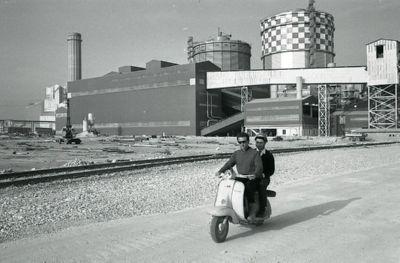 ligt de Vespa fabriek in Italië